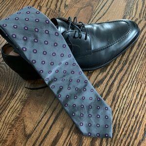 Gray Brooks Brothers Flower Tie